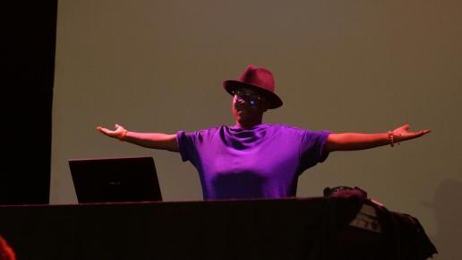 DJ Chetah - Paris mon amour, je te quitte. The-return-to-Salone.com